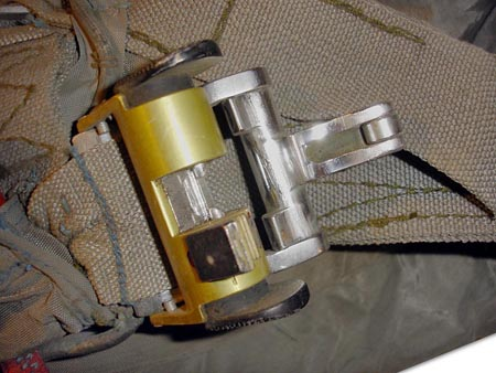 OSK lock (to quickly release main parachute lines if it does not open). Click to enlarge.